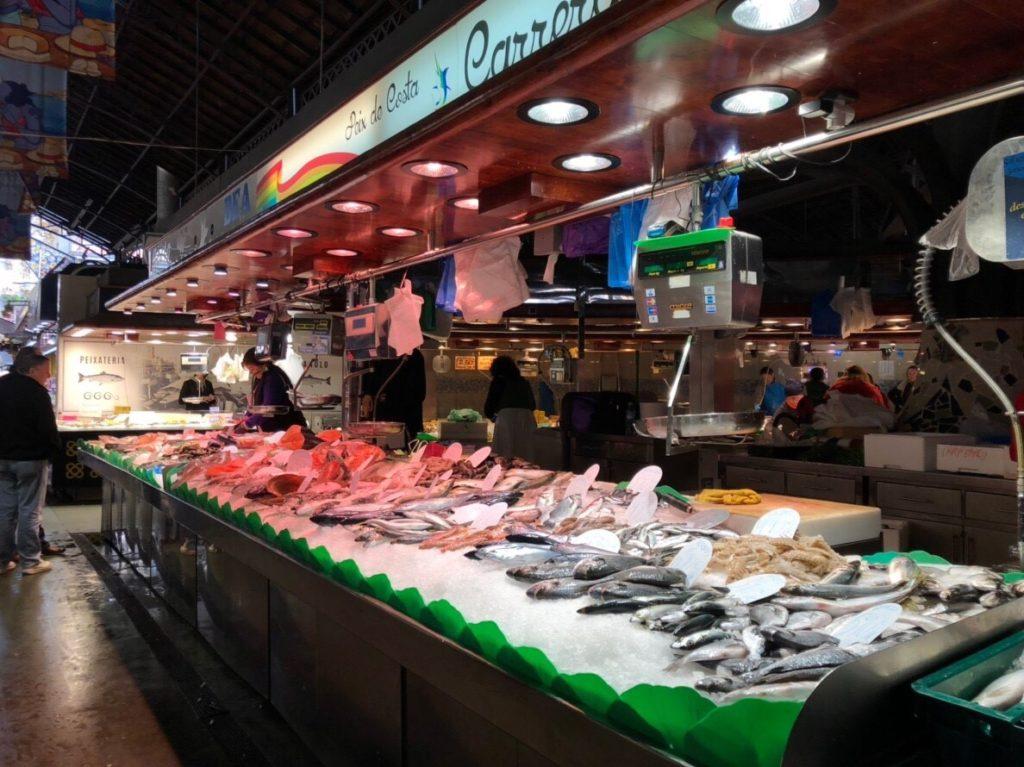 ブケリア市場魚介類