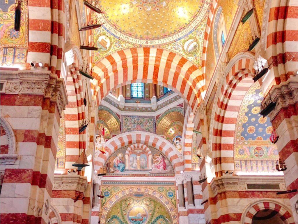 ノートルダム・ド・ラ・ギャルド・バジリカ聖堂 内装